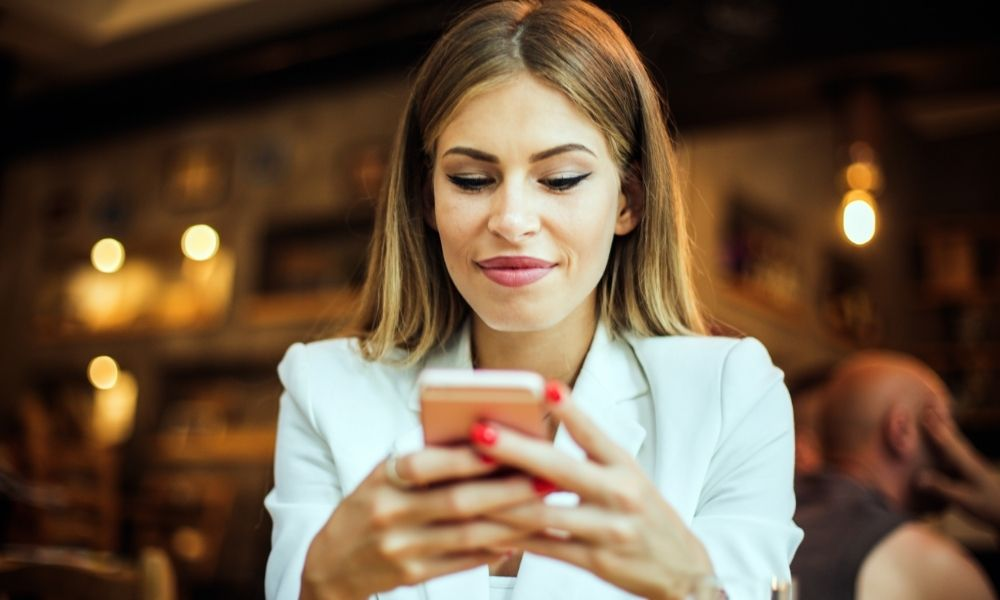 How to choose the right cell phone plan for you.
